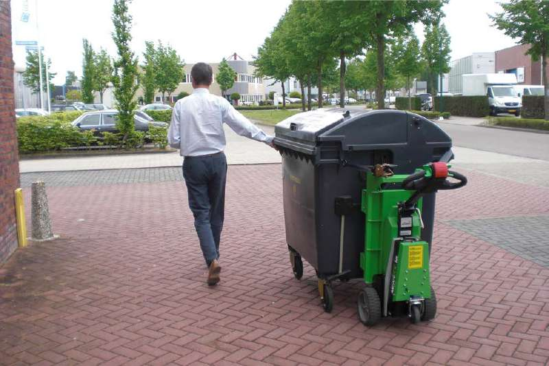 elektrický ručně vedený tahač t1000 s modulem pro odpadkové kontejnery a popelnice, manipulace odpadkového kontejneru