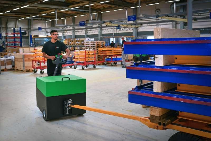 elektrický ručně vedený tahač t6000 manipulace s přívěsem s ojí ve výrobě