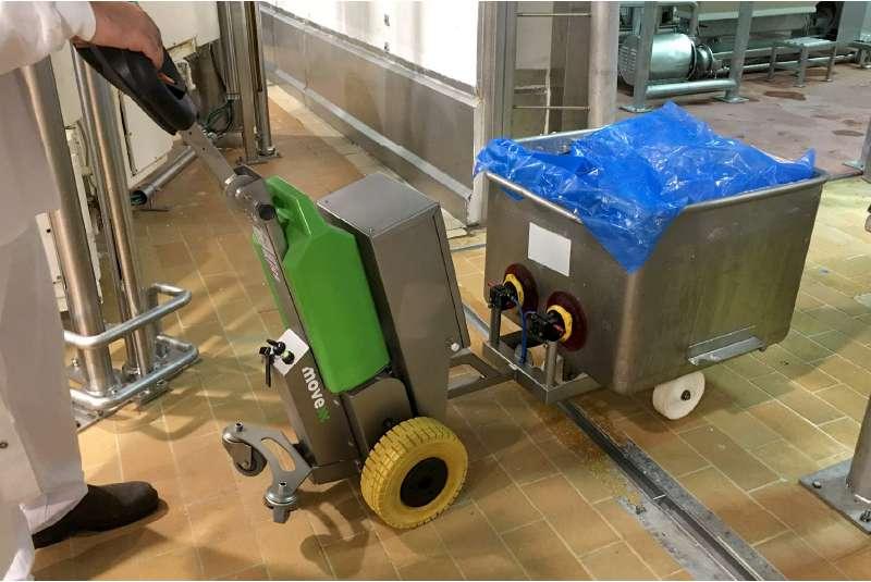 ručně vedený elektrický tahač t1500-rvs je vhodný pro zdravotnictví, potravinářský, chemický, farmaceutický průmysl, uchycení nerezové nádoby na kolečkách pomocí vakuové přísavky