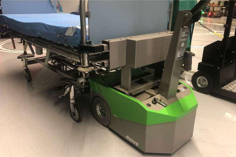 ručně vedený elektrický tahač bm500r-ffc, uchycení nemocniční postele pomocí pevného držáku