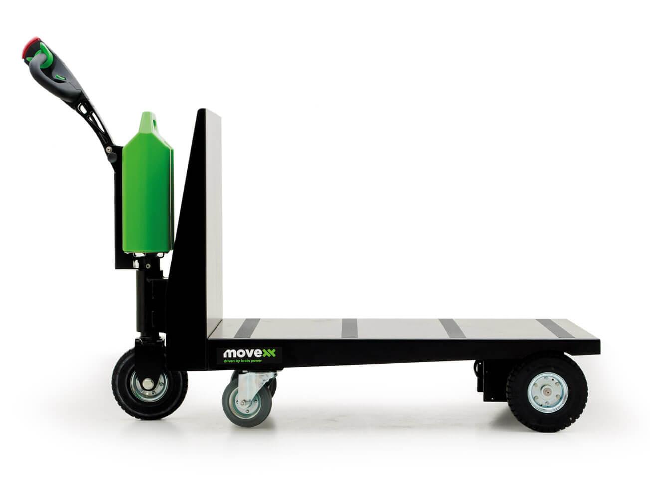 elektrický ručně vedený plošinový vozík P300 800x1200 se snadno vyměnitelnou lithiovou baterií, foto z profilu