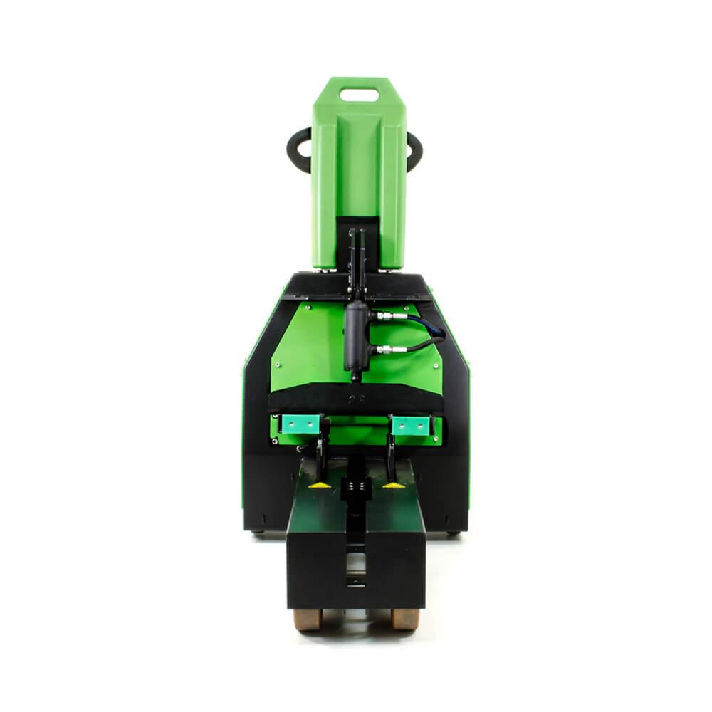 elektrický ručně vedený tahač t1500-rzs má elektrický zdvih a vyměnitelnou lithiovou baterii, foto zepředu