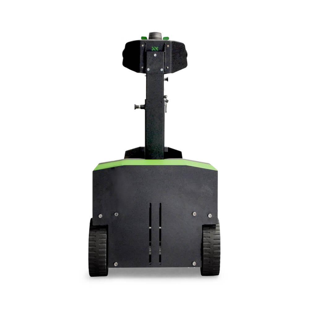 elektrický tahač t3500-platform s plošinou pro stojící obsluhu uveze až 3500 kg tažnou soupravu, má vyměnitelnou baterii a je jednoduchý na používání, servis a údržbu, foto zezadu