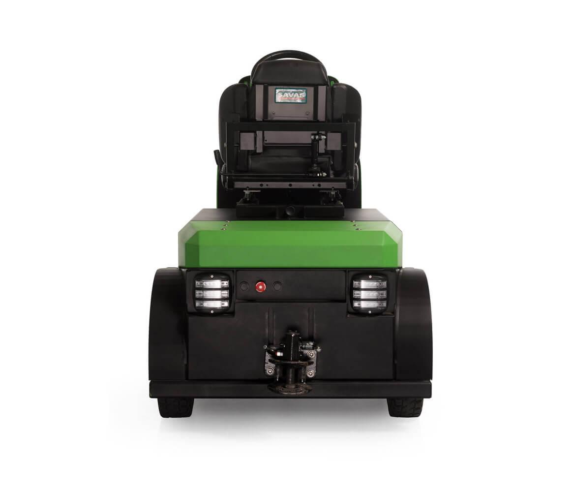 elektrický tahač bt4000 pro sedícího řidiče s pohodlnou sedačkou a vestavěnou baterií utáhne až 4 tuny nákladu, foto zadní strana