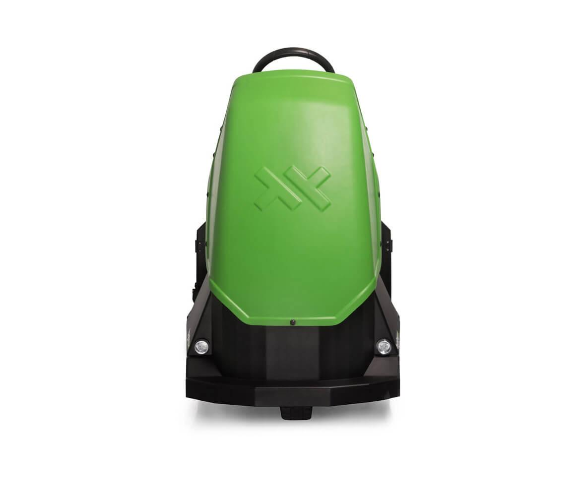 elektrický tahač bt4000 pro sedícího řidiče s pohodlnou sedačkou a vestavěnou baterií utáhne až 4 tuny nákladu, foto přední strana