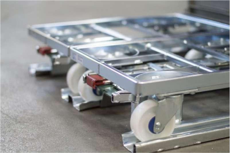 detail paletový adaptér a přepravní vozík dolly
