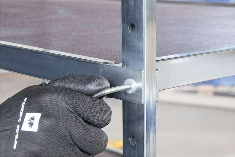 nastavení výšky polic u policového vozíku shelf wagon od k.hartwall