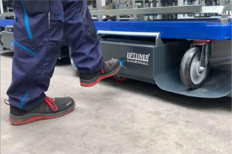 ovládání zdvihu tažné soupravy nohou, b-rámy liftliner od k.hartwall
